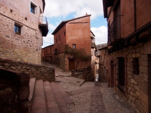 An Albarracin street merger.