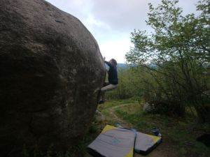 L'Aquarium Envolé, 7a+. The right hand Jill is reaching for is nasty, crimpy, sloping and tipsy.