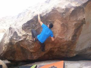 Bobby's Neighbor Pat, v5/6. Problem starts matched at right hand.